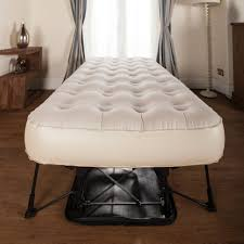 Ez Bed Inflatable Guest Bed by Bedding Pretty Ez Bed Serta Air Mattress Happy Couplejpg Ez Bed