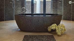 essayez les galets dans la salle de bain on vous donne les