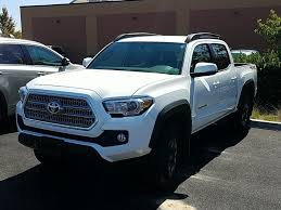 Used One-Owner 2017 Toyota Tacoma Truck In Warrenton, OR - Lum's ...