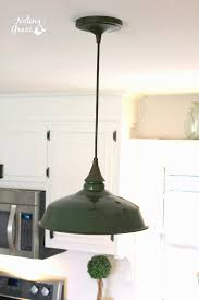 Pallet Light Box for your Kitchen Island %%
