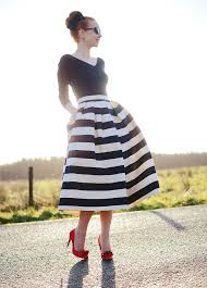 perfect ladylike trends black white striped skirts