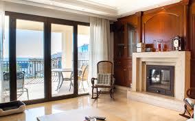 exklusive penthouse wohnung mit 4 sz hochwertiger ausstattung großem balkon direktem hafenblick ccc real estate