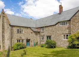 100 Bridport House FARMHOUSE AT COLMER FARM STUD United Kingdom Luxury Homes