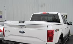 UnderCover Tonneau Covers Elite LX Installed On Aluminum Body 15 ...