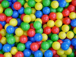 Plastic Balls At Rs 1000 Set