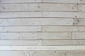 Table With White Washing Awesome Accent Ideas To Transform Your Living Room Pallet Wood Wall