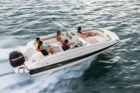 190 deck boat bayliner boats