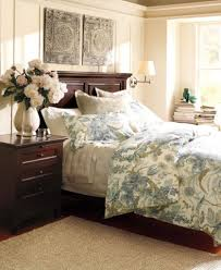 Pottery Barn Wall Decor by Pottery Barn Bedroom Decorating Ideas Pottery Barn Bedroom Ideas