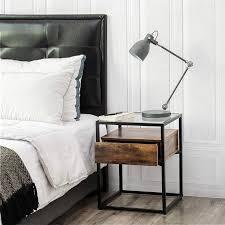 nachttisch für boxspringbett beistelltische schlafzimmer
