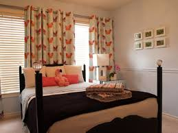 Bedroom Curtains Appealing Natural Window Curtain Design For Decor Comes With Cheerful Wooden Bed Pillars