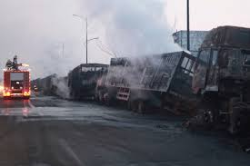 100 Truck Explosion Chemical Truck Explosion Kills 22 In North China Front Desk