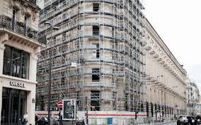 bureau de poste rue du louvre la poste du louvre bardée d échafaudages le parisien