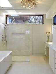 from houzz dusche fenster badezimmer ohne fenster