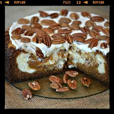 CHEESECAKE FACTORY COPYCAT CARROT CAKE CHEESECAKE Hugs and