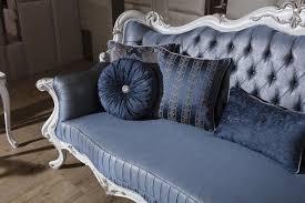 casa padrino luxus barock wohnzimmer sofa mit dekorativen kissen blau weiß silber 240 x 90 x h 120 cm prunkvolle barock möbel