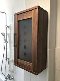 schöner badschrank badezimmer schrank günstig abzugeben
