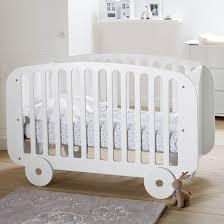chambre évolutive bébé lit bébé lit évolutif à sommier à barreaux la redoute