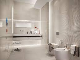 moderne badezimmer fliesen badoase in neutralen farben
