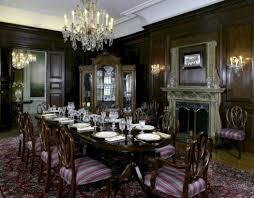 Vintage Victorian Dining Room Decor Ideas 44