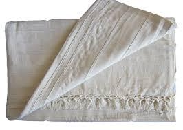 jetés de canapé grande tenture kérala plaid couvre lit blanc cassé tissé grandes