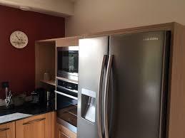 cuisine bois massif contemporaine rénovation de cuisine moderne en bois massif vendée 85
