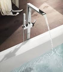 ein holzfußboden im bad ist mal etwas anderes was du dabei