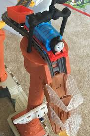 Thomas Tidmouth Sheds Toys R Us by Best 25 Thomas The Train Set Ideas On Pinterest Thomas Train