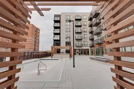 The Murals Of Lynlake by Apartments U0026 Houses For Rent In Minneapolis Mn 793 Listings