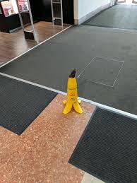 Banana Wet Floor Sign by Die Besten 25 Wet Floor Signs Ideen Auf Pinterest Lustige