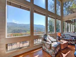 5 Bedroom Cabins In Gatlinburg by Woodshed 2 Bedrooms Mountain View Jetted Tub Pool Access