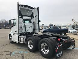 2018 VOLVO VNL300 TANDEM AXLE DAYCAB FOR SALE #287684 Dan Young In Tipton A Kokomo Carmel And Nobsville In Chevrolet Extang Home Facebook For Used Forklifts Aerial Lifts Get Affordable Productivity At New Dodge Dakota Autocom Mike Anderson Cars Circa November 2016 Ups Store Location Is The Stock Truxedo Truck Bed Covers Productservice 1142 Photos Rental Images Alamy Sno Co Indiana Tornadoes 8 Twisters Raked The State Thousands Without Is Worlds End Of A Era Sears Closes Kotribunecom