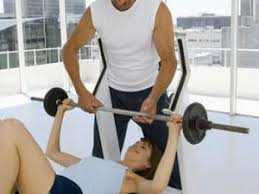 Pec Deck Exercise Alternative by Pec Deck And Dumbbell Alternatives Woman