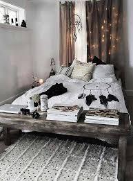Boho Chic Christmas Bedroom Decoration Idea