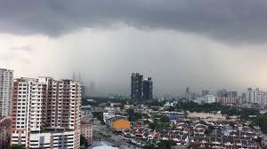 KUALA LUMPUR CITY CENTRE KLCC LIGHTING AND THUNDER STORM MALAYSIA HEAVY RAIN