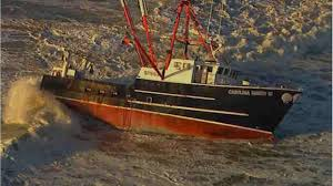 Wicked Tuna Boat Sinks by Fishing Boat Crew Rescued After Boat Runs Aground Off Beach In New