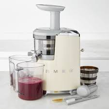Smeg 50s Style Slow Juicer Pastel