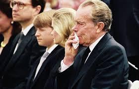 Richard Nixon at his wife s funeral June 26 1993 760x480