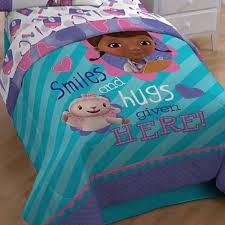 Doc Mcstuffin Toddler Bed by Emejing Doc Mcstuffins Bedroom Set Pictures Rugoingmyway Us