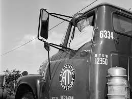 100 Mca Trucking Truck Driver Salaries Have Fallen By As Much As 50 Since The 1970s