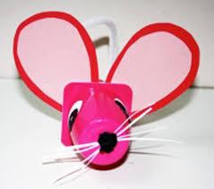 que faire avec des pots de yaourt en verre une souris en pot de yaourt yoplait