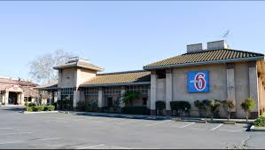 Christmas Tree Lane Modesto Ca by Motel 6 Oakdale Hotel In Oakdale Ca 79 Motel6 Com