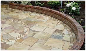 Patio Slabs by How To Lay Paving Slabs For Patios Paths And Drives Garden