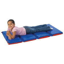 Top Three Tips for Picking the Best Preschool and Toddler Nap Mats