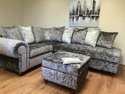 Tufted Velvet Sofa Bed by Decor Stunning Velvet Settee With Adorable Tufted Sofa For