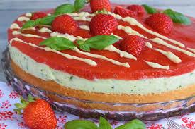 erdbeer basilikum torte blackforestkitchenblog