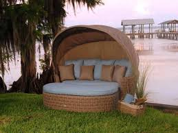Broyhill Outdoor Patio Furniture by Furniture Comfortable Round Wicker Outdoor Daybed For Patio