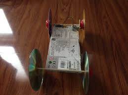 using home materials to build car toy 10 steps