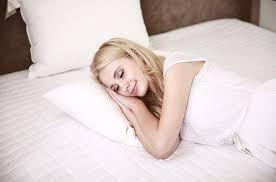 im schlaf warum frauen niemals vor dem fernseher