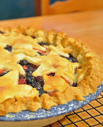 Berry pie making is a cinch and I don t know why I don t do it more often Your family will forgive you for heating up the kitchen with your oven while