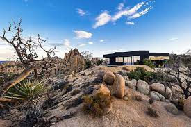104 Mojave Desert Homes For 1m This Forged Steel Spaceship In The Is Yours Curbed